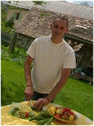 serge-cutting-veg